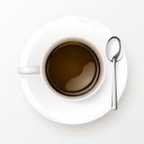 Tasse Kaffee mit Löffel auf weißem Hintergrund stock abbildung