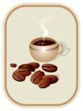 Tasse Kaffee und Kaffeebohnen Stockbild