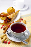 Tasse Kaffee und Kuchen Lizenzfreies Stockfoto