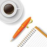 Tasse Kaffee und Stift Lizenzfreie Stockfotografie