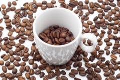 Tasse Kaffeebohnen Lizenzfreies Stockbild