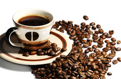 Tasse Kaffeebohnen Stockfotografie