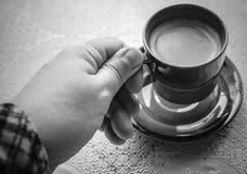 Tasse outre de café. Photographie stock libre de droits