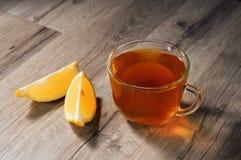 Tasse Tee mit Zitrone Stockbilder