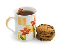 Tasse Tee und Plätzchen Stockfotografie