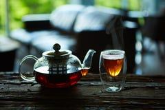 Tasse Tee und Teekanne Lizenzfreies Stockbild