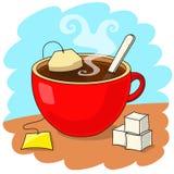 Tasse Tee und Zuckerziegelsteine Stockbilder