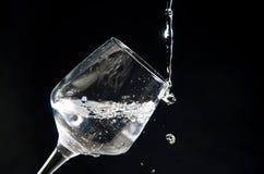 Tasse Wasser stockfoto