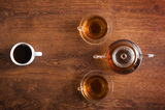 Tassen Tee und Kaffee Lizenzfreies Stockfoto