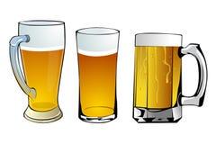 Tasses de bière Images libres de droits