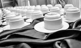 Tasses de café sur une table photo libre de droits