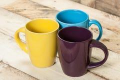 Tasses de couleur Photos libres de droits