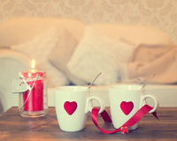 Tasses de thé de coeur Images stock