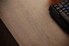Tastatur auf dem Tisch Stockbild