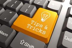 Tastatur mit Tipps und Trick-Knopf. lizenzfreie abbildung