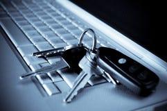 Tasten auf Laptop lizenzfreies stockbild
