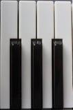 Tasten des aufrechten Klaviers Lizenzfreies Stockfoto