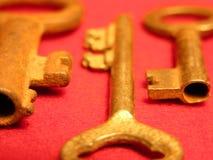 Chiavi antiche dell'oro Immagine Stock