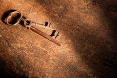 Tasti arrugginiti ed ombre scure Fotografie Stock Libere da Diritti
