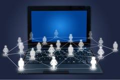 Tastiera del computer portatile con la rete sociale. Fotografia Stock Libera da Diritti
