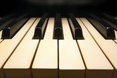 Tastiera di piano vecchia Fotografie Stock