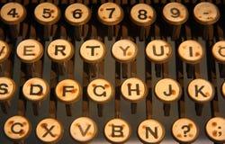 Tastiera di una macchina della macchina da scrivere fotografie stock libere da diritti