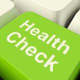 Tasto del computer del controllo sanitario nell'esame medico di mostra verde Fotografie Stock Libere da Diritti