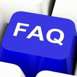 Tasto del computer del FAQ nelle informazioni e nelle risposte di mostra blu Immagine Stock Libera da Diritti