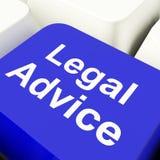 Tasto del computer di consiglio legale in avvocato di mostra blu Guidance Immagini Stock
