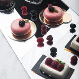 Tasty cake with raspberries Royalty Free Stock Images