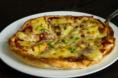 Tasty hawaiian pizza. Royalty Free Stock Photos