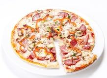 Tasty Italian Pepperoni pizza Royalty Free Stock Photos