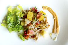 Tasty salad with chicken slices Stock Photography