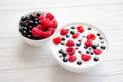 tasty yoghurt with raspberry Stock Photography