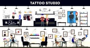 Tatúe el diseño interior del estudio, los amos del tatuaje y a los clientes stock de ilustración