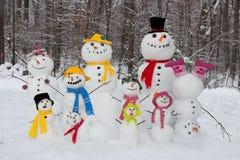 tata spadek rodzinny mum rodzinny target1414_0_ śnieżną bałwanu syna zima Zdjęcie Stock