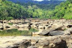 Tatai瀑布在柬埔寨 库存图片