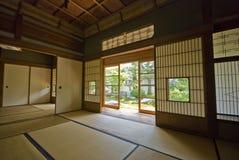 Tatami e Shoji o quarto japonês velho. Imagem de Stock