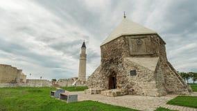 Tatarstan, Bulgaars, Rusland, 17 juli 2017 - historische monumenten - de moskee en het Oostelijke mausoleum, tijd-tijdspanne stock footage
