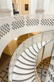 Tate Britain Spiral Staircase alinhadores longitudinais arquitet?nicos Colunas cl?ssicas imagem de stock royalty free