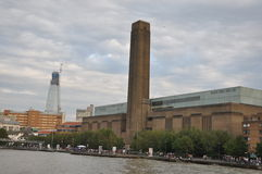 Tate Modern Art Gallery i London, England Arkivfoton