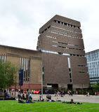 Tate Modern nybygge Royaltyfri Bild
