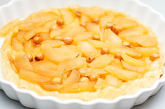 Tatin au goût âpre avec des pommes Image libre de droits