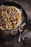 Tatin del tarte del plátano y del chocolate Foto de archivo libre de regalías