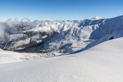 Tatra冬天全景 库存照片