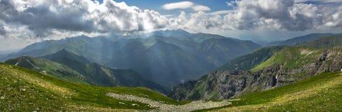 Tatra山峰全景  免版税库存照片