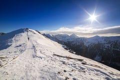 Tatra berg i snöig vintertid Arkivfoto