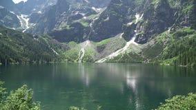 Tatras的Mountain湖在夏天 名列前茅5个最美丽的湖的湖地球上的 股票视频