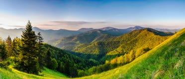 Tatras i sommar Arkivbilder