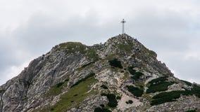 Tatry山景和迁徙的Czerwone Wierchy 免版税库存照片